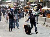 حمله صهیونیستها به تظاهرکنندگان فلسطینی در روز زمین