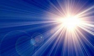 خطرات استفاده از نشانگرهای لیزری در کودکان