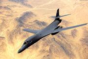 پروازهای مکرر بمب افکنهای آمریکا بر فراز شبه جزیره
