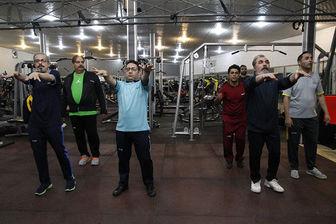 جواد رضویان و سیامک انصاری، سیاهپوش شدند/ تصاویر