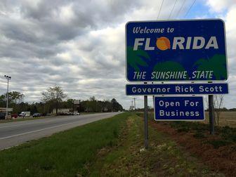 ایالت فلوریدا با تمام سرعت در مسیر نادرست مدیریت کرونا در حرکت است