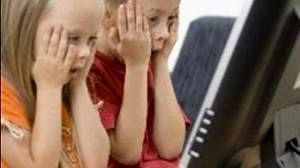 عامل گرایش جوانان به اینترنت