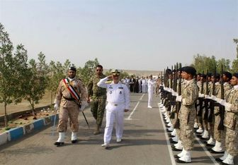 فرمانده نیروی دریایی ارتش از مرز شلمچه بازدید کرد
