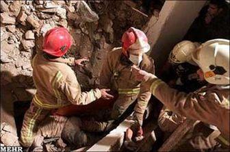 ریزش ساختمان ۳ طبقه در یافت آباد