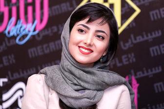 لباس متفاوت خانم بازیگر در جشنواره فجر، خبرساز شد/ عکس