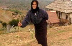 یکی از مسن ترین زنان ایران درگذشت