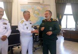 دیدار فرماندهان نیروی دریایی ارتش و سپاه
