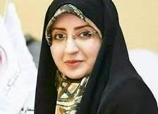 حال و هوای پاییزی مجری مشهور تلویزیون/ عکس