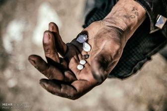 چرایی رها شدن معتادانی که به بیماریهای مسری و عفونی مبتلا هستند