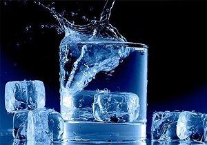 ۹ دلیل که نشان میدهد باید از خوردن آب سرد بپرهیزید