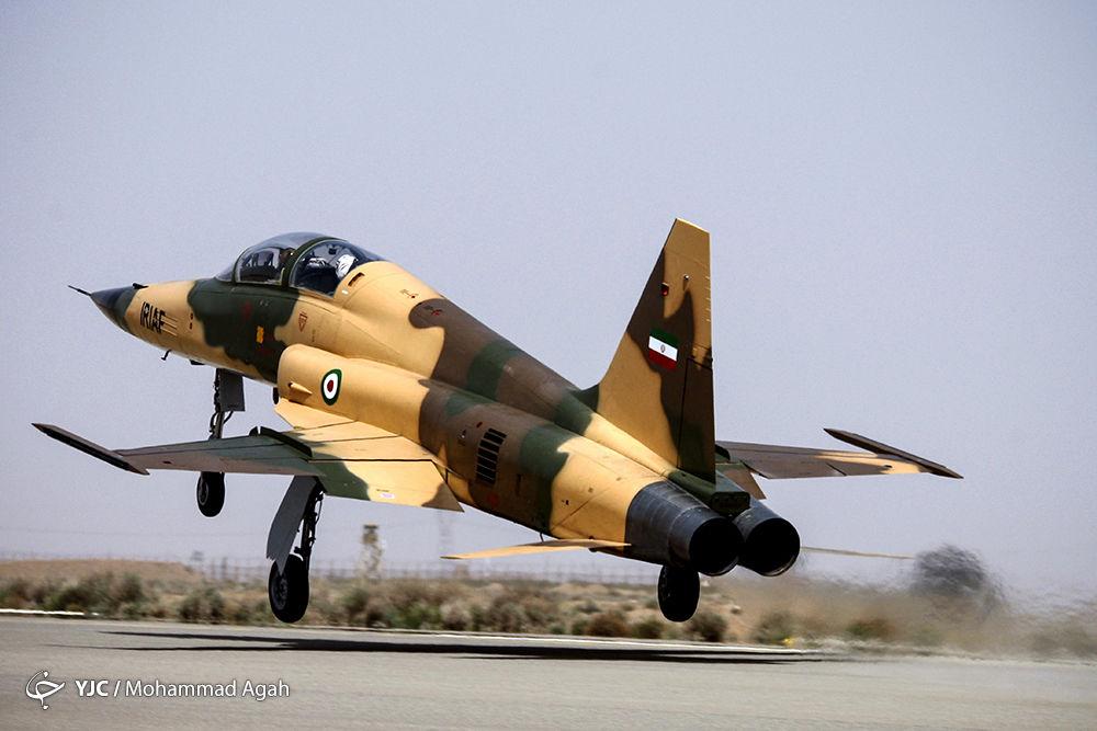 اوج گرفتن جنگندههای بومی با موتور ملی اوج + تصاویر و فیلم