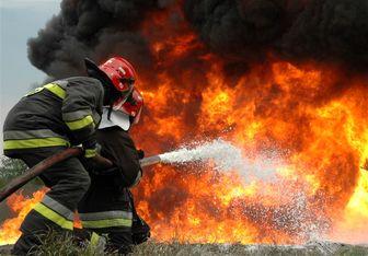 آتشسوزی گسترده انبار کالا در غرب تهران/ تصاویر