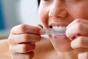 ۵ راه حل برای فرار از دندان های زرد