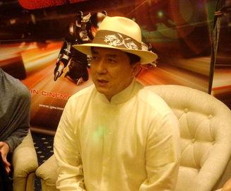 جکی چان: قطعا به ایران سفر میکنم