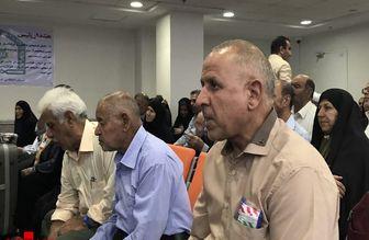 مراسم رسمی بدرقه حجاج در فرودگاه امام(ره) شروع شد