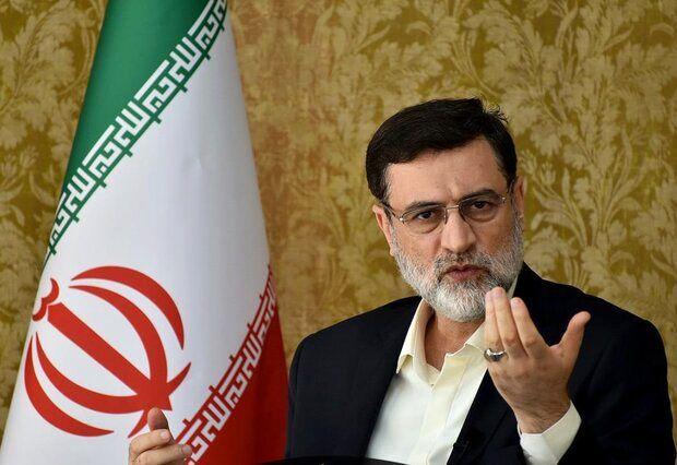 تصویر از قاضیزاده هاشمی: تا آخر انتخابات در صحنه خواهم بود