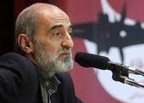 انتقاد شریعتمداری از احضاریه دادگاه برای احمدینژاد