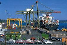 واردات کالاهای لوکس به طور موقت آزاد شد