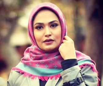 چهره متفاوت خانم مجری خارج از محیط کار/ عکس