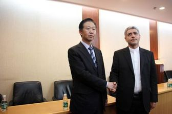 دیدار طیبنیا با وزیر دارایی چین/عکس