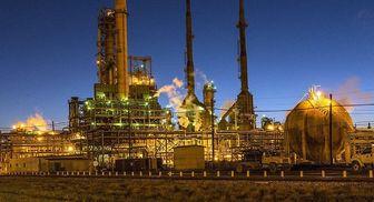 انفجار در یک پالایشگاه نفت در کانادا+تصاویر