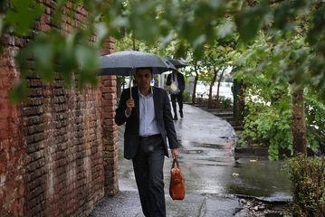 بارش باران پاییزی در تهران/ گزارش تصویری