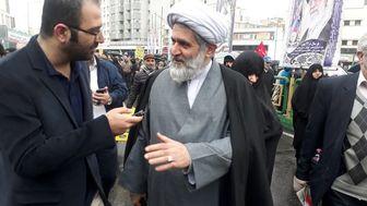 رئیس سازمان اطلاعات سپاه در راهپیمایی ۲۲ بهمن حضور یافت
