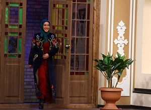 «الهام حمیدی» مقابل مهران مدیری مینشیند