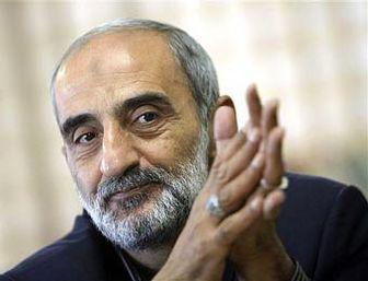 شریعتمداری: احمدی نژاد برای برکناری مشایی تردید نکند