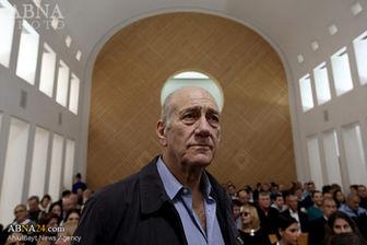 نخست وزیر سابق رژیم صهیونیستی زندانی شد+عکس