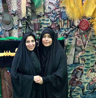 خانم مجری در قدیمیترین تکیه تهران/ عکس