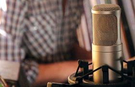 سوتی عجیب مجری مشهور در پخش زنده /فیلم