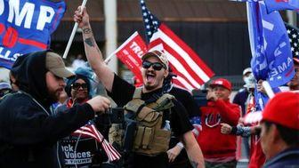 درگیری شدید طرفداران ترامپ با پلیس کنگره آمریکا +عکس و فیلم