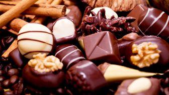 شکلات تلخ برای گوارش بهتر است یا شکلات شیری؟