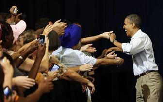 Obama courts Florida voters over Medicare, space policy