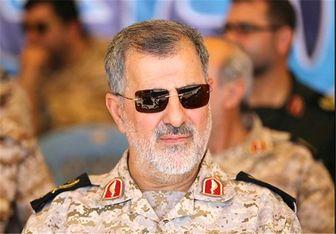 سردار پاکپور: ۴۰۰ دستگاه از ادوات نیروی زمینی سپاه در خوزستان امدادرسانی میکنند