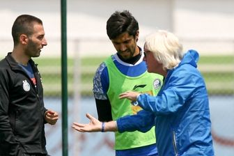 حسینی: بدنم کوفته است، بازی نمیکنم!
