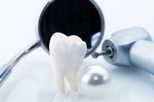 ۱۰ علت افتادن دندانها