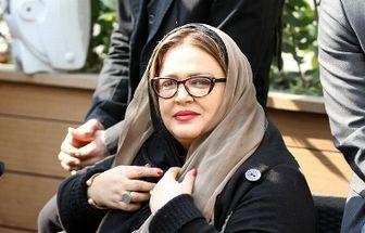 ژست عجیب بازیگر زن پرحاشیه در قبرستان/عکس