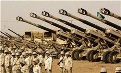 خودروهای زرهی عربستان در مرز یمن
