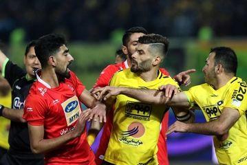 دیدار تیمهای سپاهان و پرسپولیس/ گزارش تصویری
