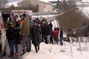 ورود خودرو به جمعیت انبوه کودکان در اسلواکی