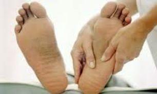 با این ۲ روش صافی کف پا را درمان کنید