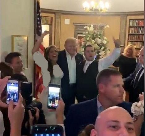 حضور غیرمنتظره ترامپ در یک مراسم عروسی+تصاویر