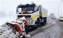 امدادرسانی به 3 هزار نفر در برف و کولاک 8 استان