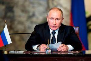 واکنش ولادیمیر پوتین به تحریمهای آمریکا علیه روسیه
