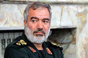 دریادار فدوی: دشمنان انقلاب هر روز صحنهای از دشمنی را رقم میزنند