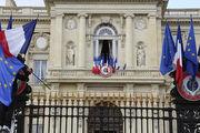دولت فرانسه در آستانه استعفا