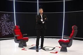 واکنش مجری مشهور به دکور جنجالی برنامه اش/ فیلم
