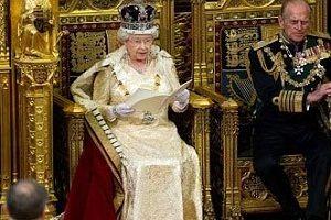 ملکه انگلیس خانه نشین شد